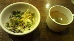 サラダとスープです。